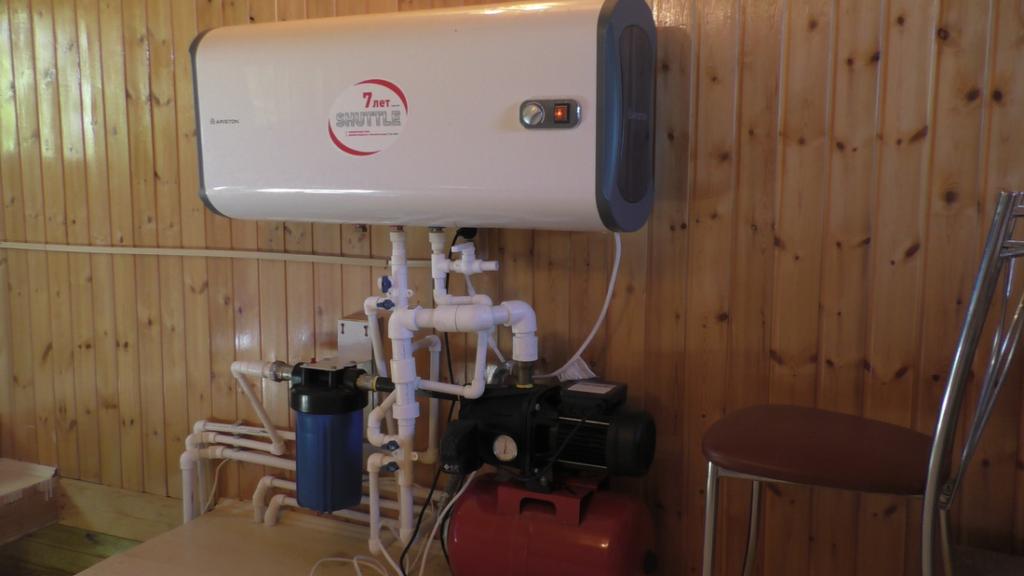 Монтаж летнего водопровода, насосная станция, водонагреватель