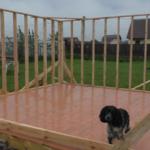 Строительство беседки 4 на 4 с вальмовой крышей. Видео-2