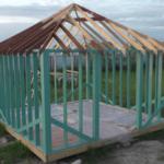 Строительство беседки 4 на 4 с вальмовой крышей, видео 4
